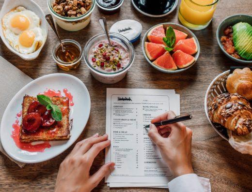 Du suchst leckeres internationales Frühstück in Zürich? Auf ins Bank!